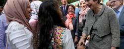 PM praises mosque support Grenfell Tower fire survivors
