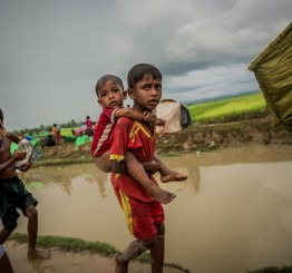 Myanmar: Up to 12,000 Rohingya Muslim children flee violence weekly, says UN