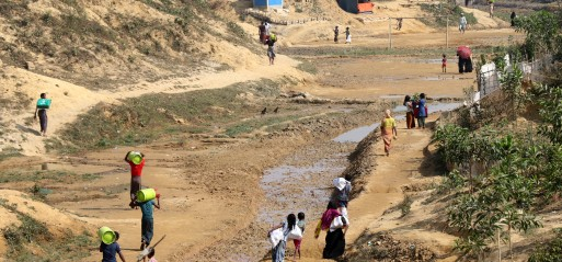 Rohingya Muslims raise funds for Buddhists displaced by Myanmar army
