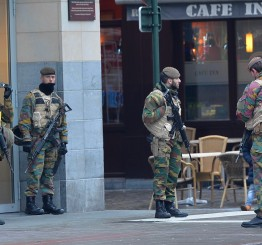 Belgium: 'Anti-terror' tent pitched in central Brussels