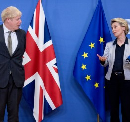 UK, EU to continue trade talks until Sunday