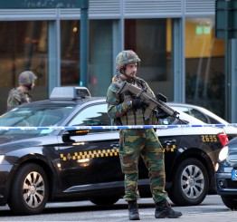 Belgium: Man reportedly carrying explosives shot in Brussels