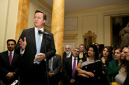 Cameron launches Shari ah complaint student loans