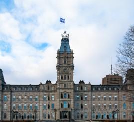 Canada: Quebec law bans niqab, burka