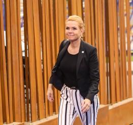 Denmark makes handshake mandatory for naturalisation