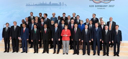 As the US drifts further, nations hold fast on climate deal