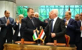 Egypt: Hamas, Fatah pen landmark reconciliation deal in Cairo