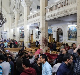 Egypt: 43 killed in church bombings