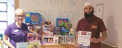 Fundraiser distributes Eid gifts to hospitalised children