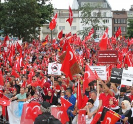 Racist letters tell Turkish families to leave Germany