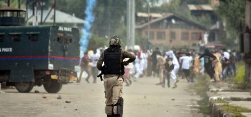 Jammu & Kashmir: Kashmiri protester killed, 16 injured by Indian troops after Eid prayers