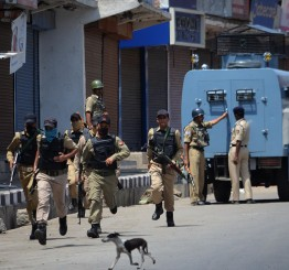 Kashmir: Nighttime ban added to curfew restrictions, 66 killed