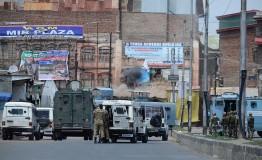 Jammu & Kashmir: Indian army chief dares Kashmiri protesters to shoot