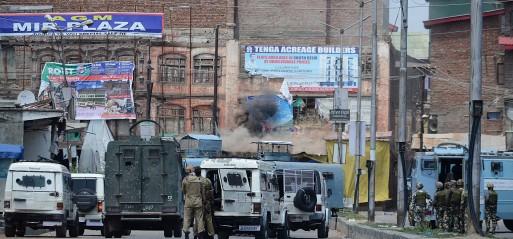 Jammu & Kashmir: Two Kashmiri militants, two Indian soldiers killed