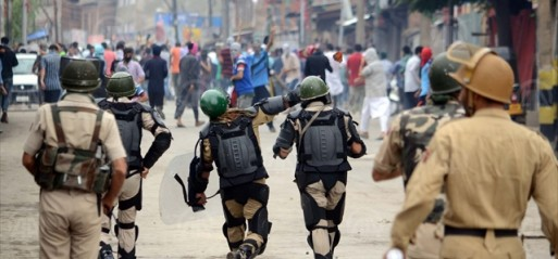 India asks Pakistan not to meet Kashmiri leaders