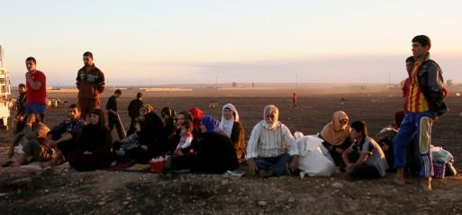 Iraq: 4,500 Iraqis flee Mosul amid offensive