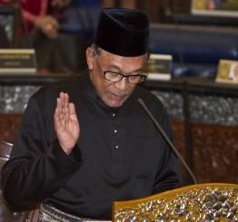 Malaysia: Former deputy PM Anwar Ibrahim back in parliament