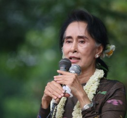 Myanmar: Suu Kyi warns against race, religious divisions