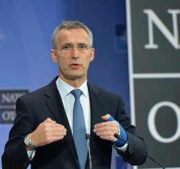 NATO extends troop deployment in Afghanistan beyond 2016