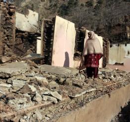 Kashmir: Border clashes kill 10 civilians