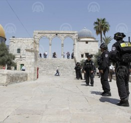 Palestine: Israeli soldiers assault children in Al Aqsa Mosque
