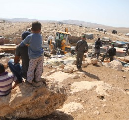 Palestine: Palestinians protest village Israeli demolition plans, evicting Bedouins