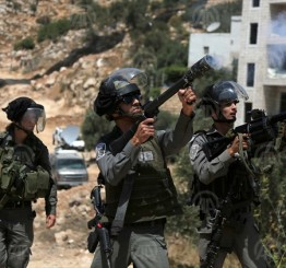 Palestine: Israeli soldiers teargas boys school, students suffocate