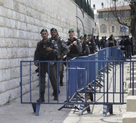 Palestine: 3 Israeli settlers, 3 Palestinians, killed, hundreds Palestinians injured