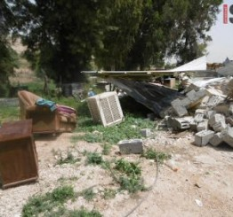 Palestine: Four Palestinian families made homeless in a day