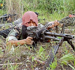 Philippines: Wanted Abu Sayyaf leader killed in clash