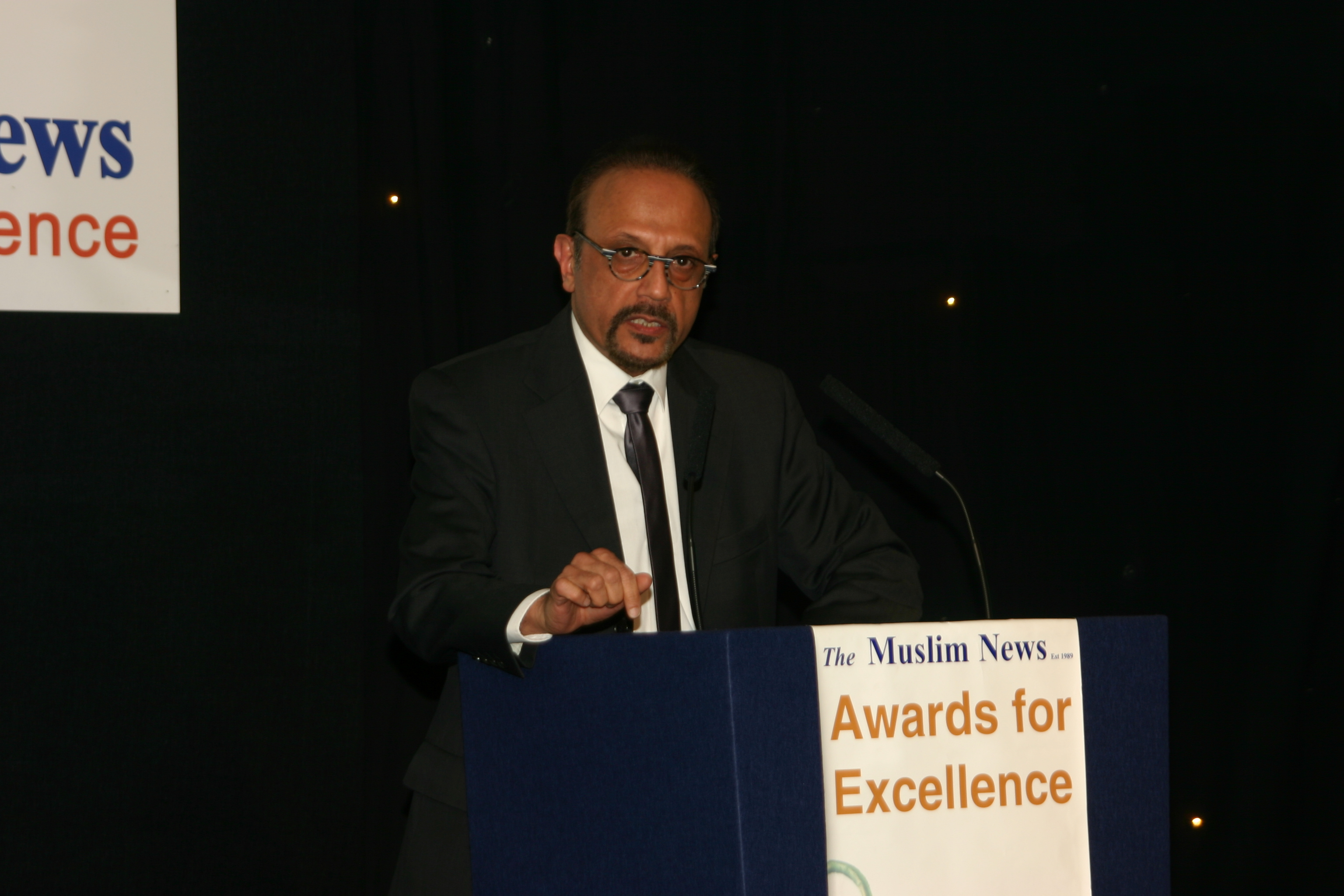 Uk muslims press for peace at 10 downing street - Editor Of The Muslim News Ahmed J Versi Making A Point During His Welcoming Speech At The Muslim News Awards For Excellence Gala Dinner On 25 March