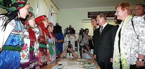 Russia: Mordovia bans students, teachers from wearing hijab