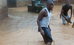 Sierra Leone: Hundreds dead in Freetown mudslide
