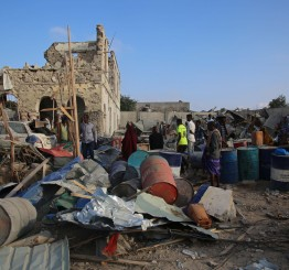 Somalia: Suicide and mortar attacks outside & inside Mogadishu kill 6 civilians