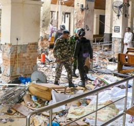 Sri Lanka: 138 killed, 400 injured in church and hotel bombings