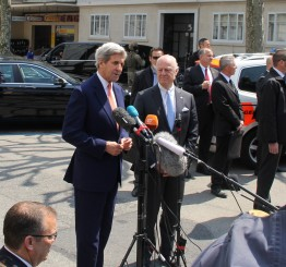 Kerry, Lavrov discuss cease-fire for entire Syria