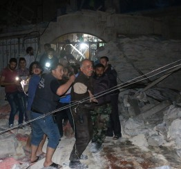 Syria: Russian warplanes attack field hospital, 30 dead