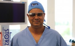 Virtual surgeon teacher wins prestigious NHS award