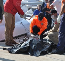 Turkey: Refugee boat sinks off Turkish coast, 12 dead