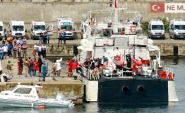 Turkey: 21 dead as refugee boat capsizes in Black Sea