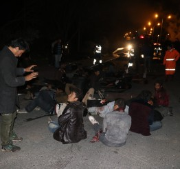 Turkey: 17 migrants killed in minibus crash in eastern Turkey