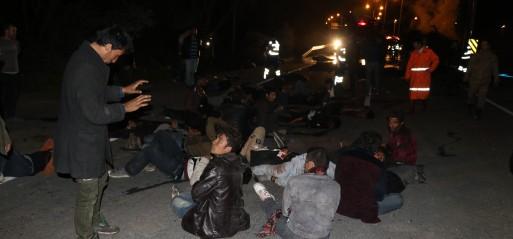 Turkey: 17 migrants killed in minibus crash in eastern Turkey