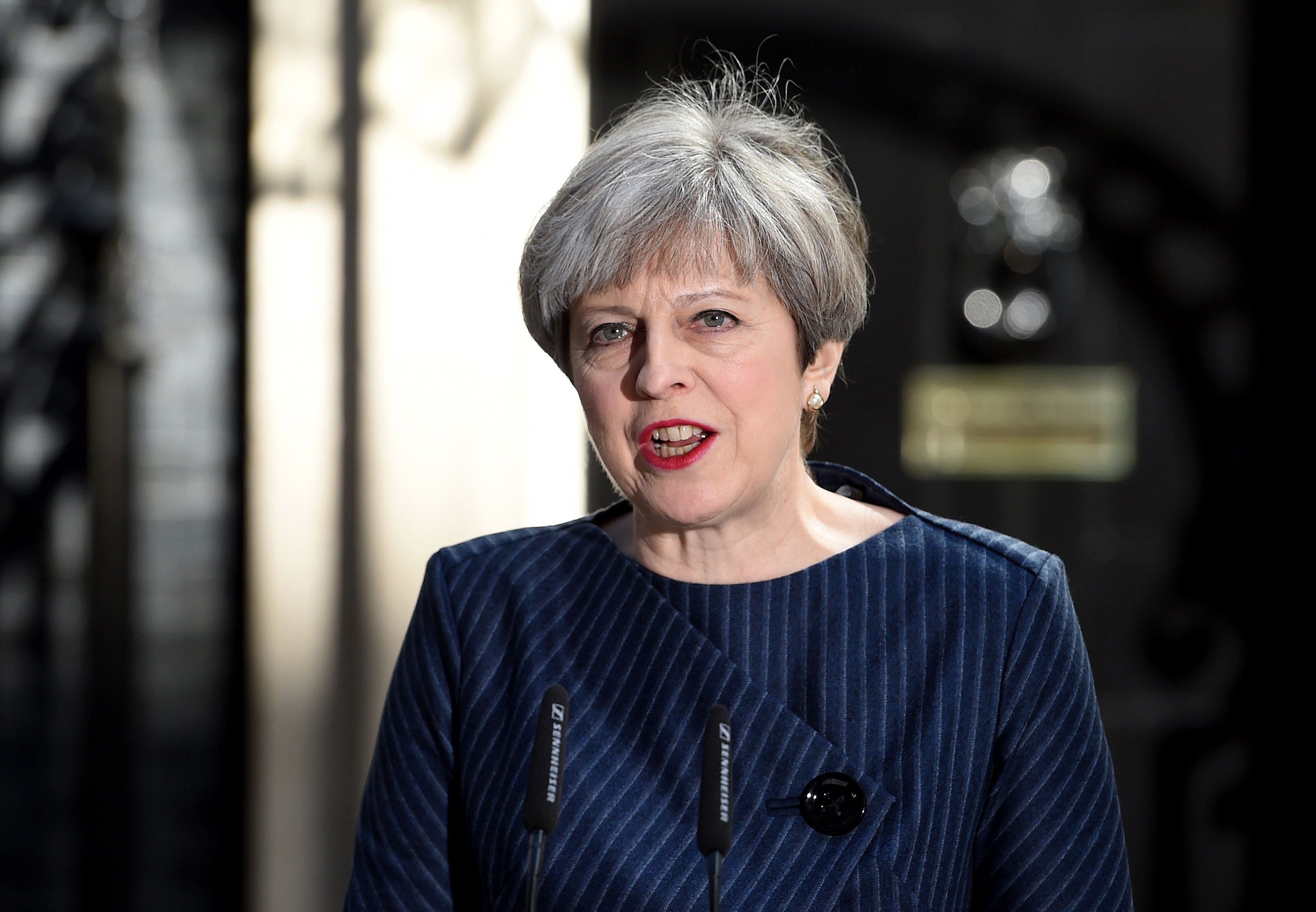 Uk muslims press for peace at 10 downing street - Ramadan Message From Prime Minister Theresa May