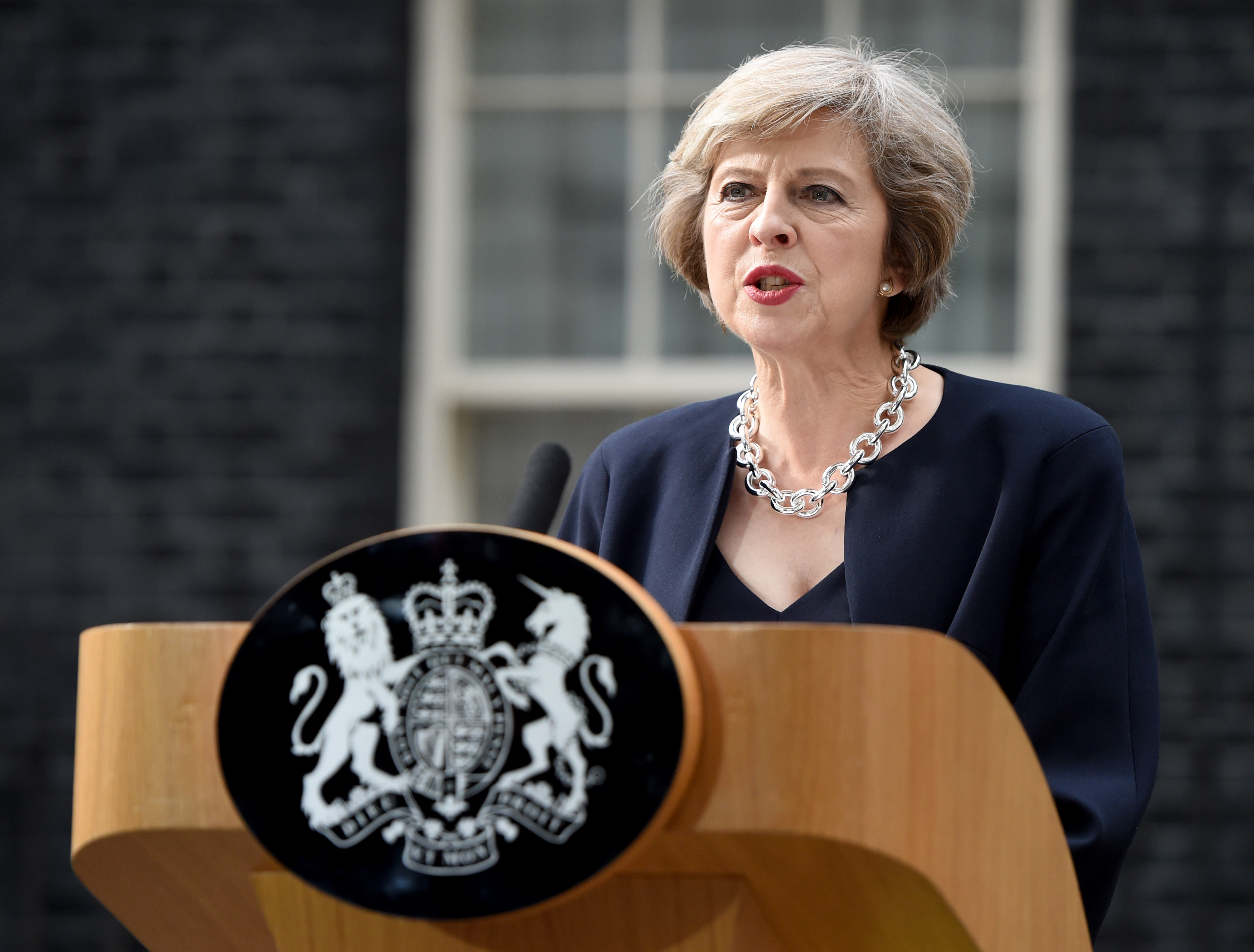 Uk muslims press for peace at 10 downing street - Uk Eid Al Adha Message From Pm Theresa May The Muslim Newsthe Muslim News