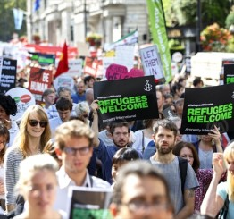 UK: Thousands join refugee solidarity marches
