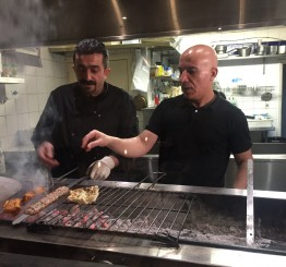 UK: Turkish restaurateurs helping London's homeless