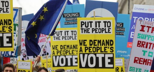 UK: Brexit: 1M march in London for new people's vote