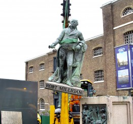 UK: Statue of slave trader Robert Milligan pulled down