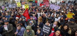 UK: Thousands rally against Syria airstrikes