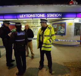 UK: Police arrest man in London Tube 'terrorist incident'